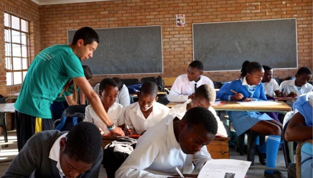 bush-school-wildlife-south-africa