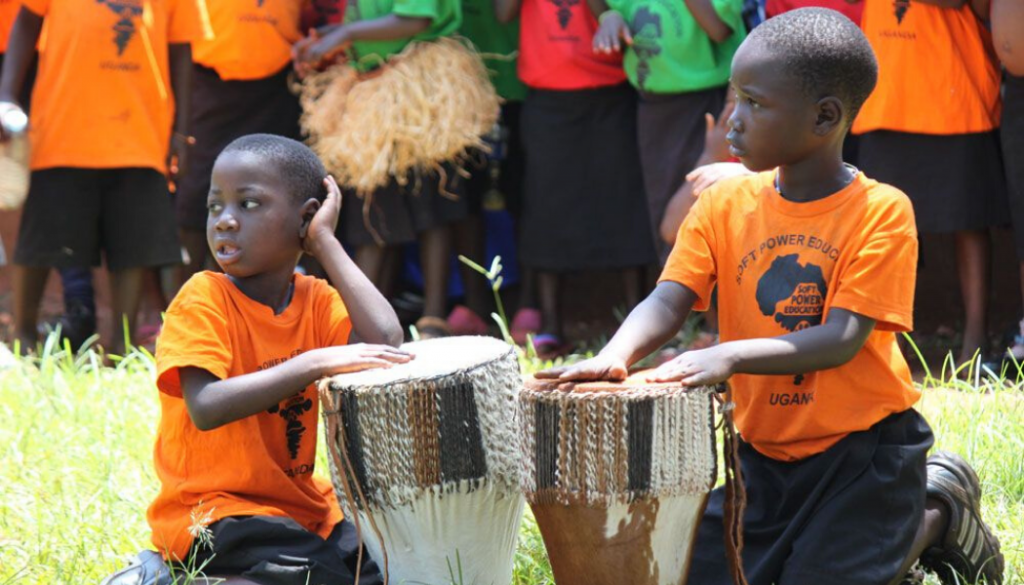 children-drumming